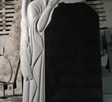 Индивидуальный памятник по эскизу заказчика.