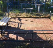 Площадка с тротуарной плиткой готова