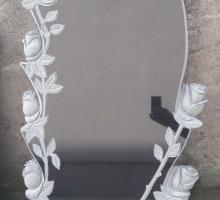 Памятник с розами. Художественная резка