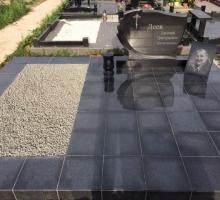 Резной памятник, гранитный подиум. От 75000 руб