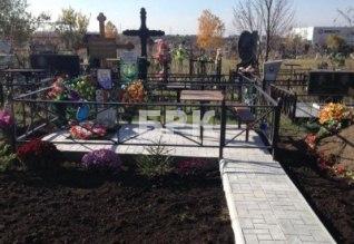 Благоустройство территории на кладбище